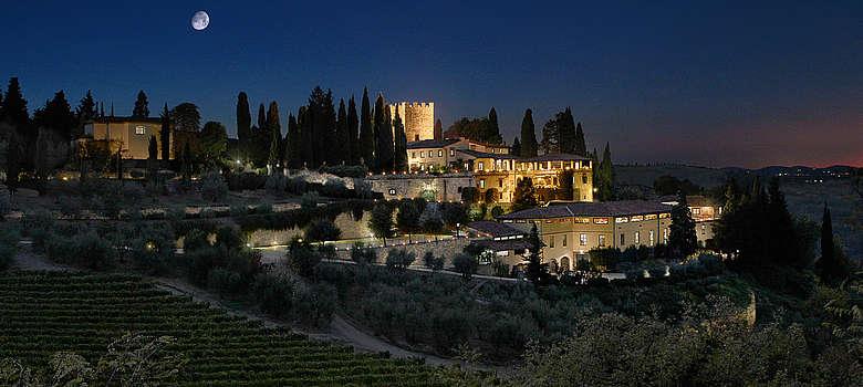 Italien-WEin-Toskana-Chianti-Weingut und Castello di Verrazzano bei Vollmond in Greve