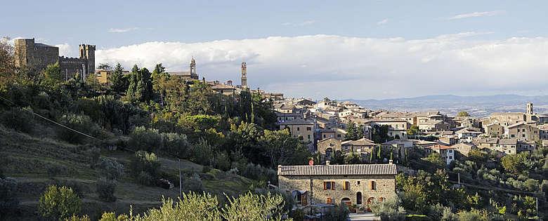 italien-wein-Toskana-Montalcino-Brunello-Ortsansicht