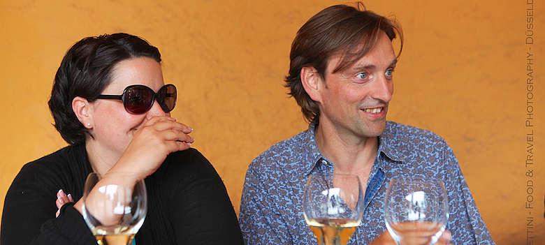 Weinjournalist Steffen Maus und Weinhändlerin Franca Spader in der Franciacorta auf Weintour